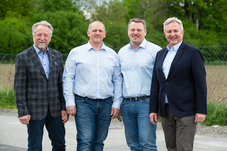 v.l.n.r.: GF Ing. Manfred Adam, BL Anton Haas, BL Wolfgang Almer, GF Dipl.-Ing. Christian Soos